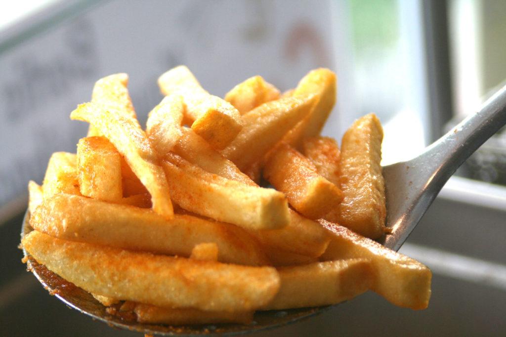 Frisch fritierte Pommes